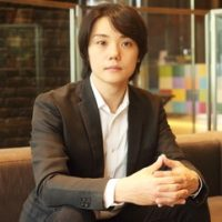 Ken Iwasaki Photo